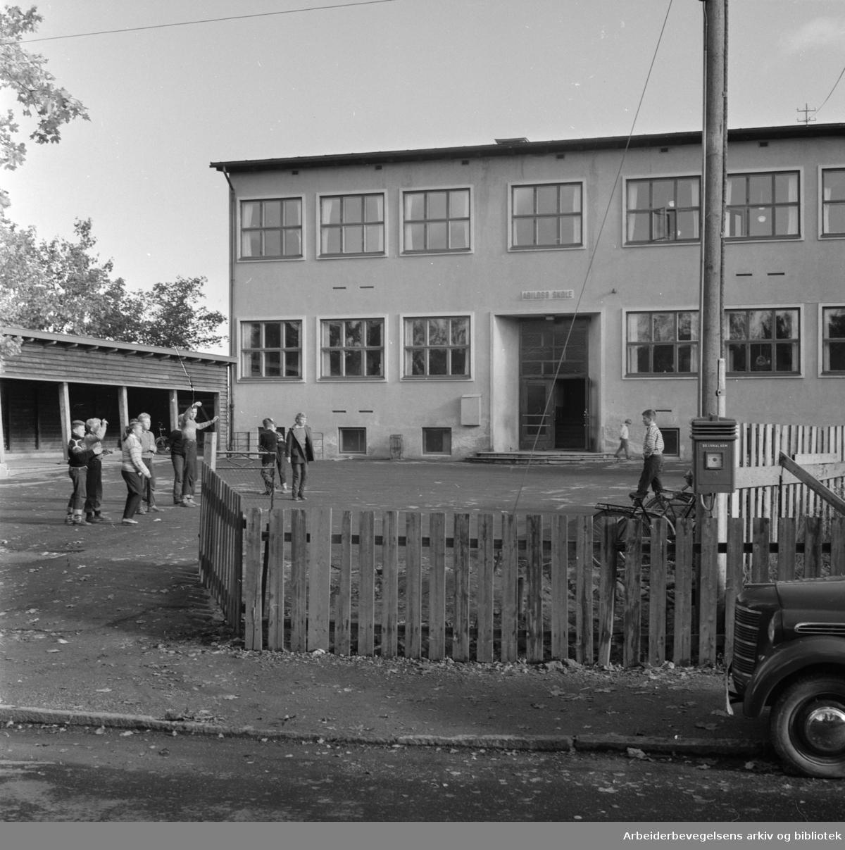 Abildsø skole. Oktober1958.