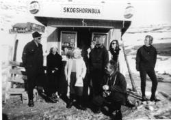 """Kiosken """"Skogshornbua"""" ved Jordheimstølane i Hemsedal i 1963"""