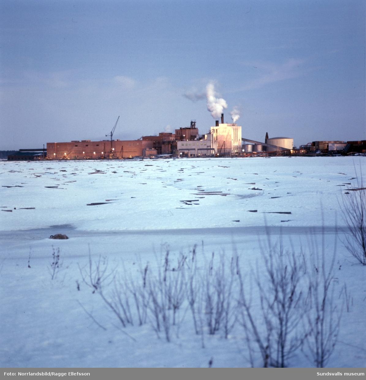 Vivstavarvs och Fagerviks sulfitfabriker. Exteriörbilder.