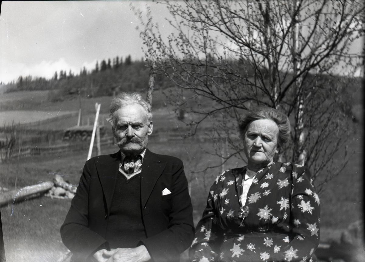 Bilde av Ola K. Kamrud med kone.