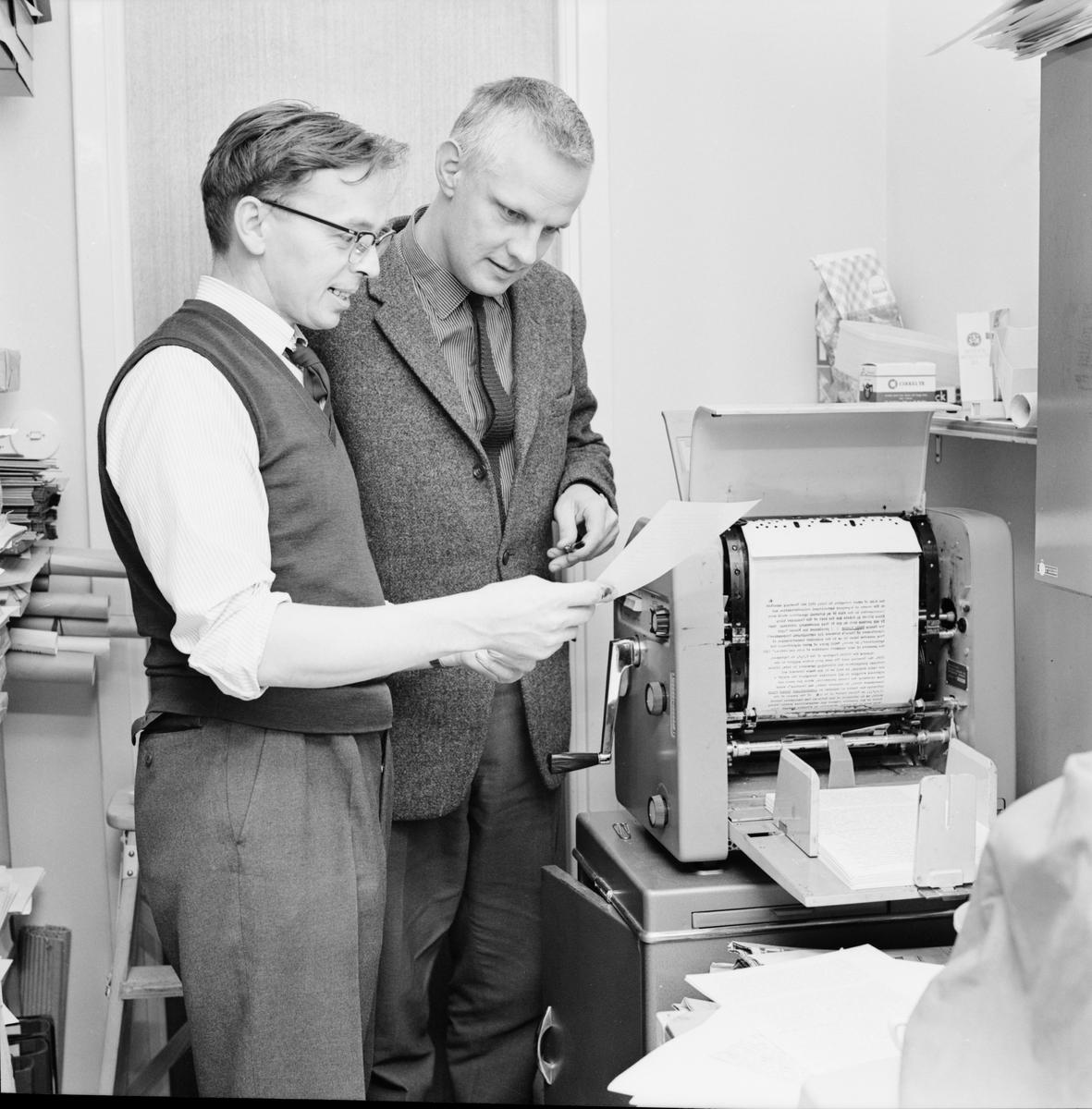Nordiska Afrikainstitutet - docent Widstrand, Uppsala, november 1963