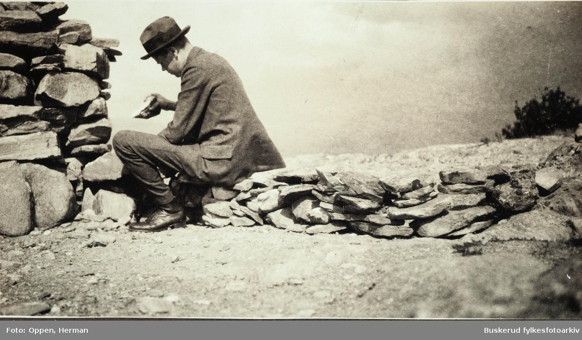 Dovrefjell Andreas Oppen som stenhugger