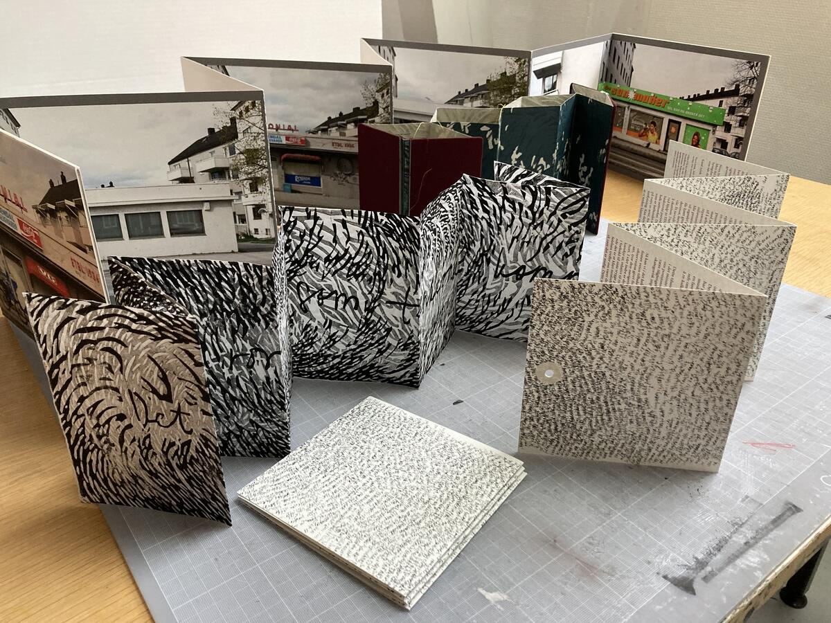 Trekkspillbok, eller reporello som den også kalles, er en veldig fleksibel type bok, som enkelt kan lages i forskjellige størrelser og materialer. (Foto/Photo)