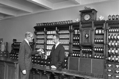 Det gamle apotek. Foto/Photo