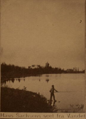 Haus Sachsen sett fra vannet (Foto/Photo)