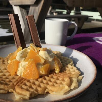 Kafe Anno sin påskevaffel. Foto/Photo
