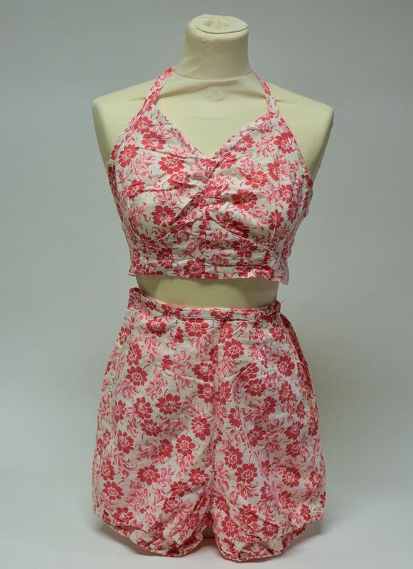 Bikini, ca 1950 (HF-15877) (Foto/Photo)