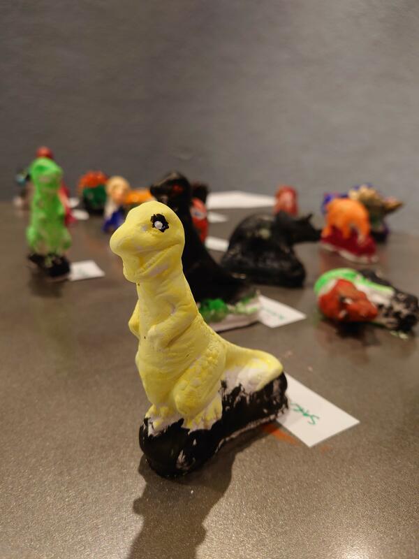 Dinosaurer i gips (Foto/Photo)