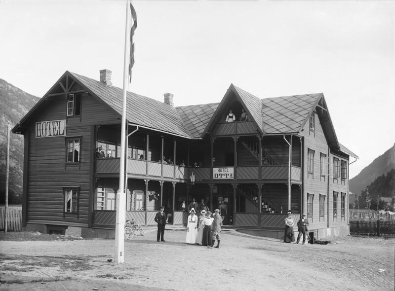 Otta hotell, Sel, 1898. Foto: Hans H. Lie/Maihaugen. (Foto/Photo)