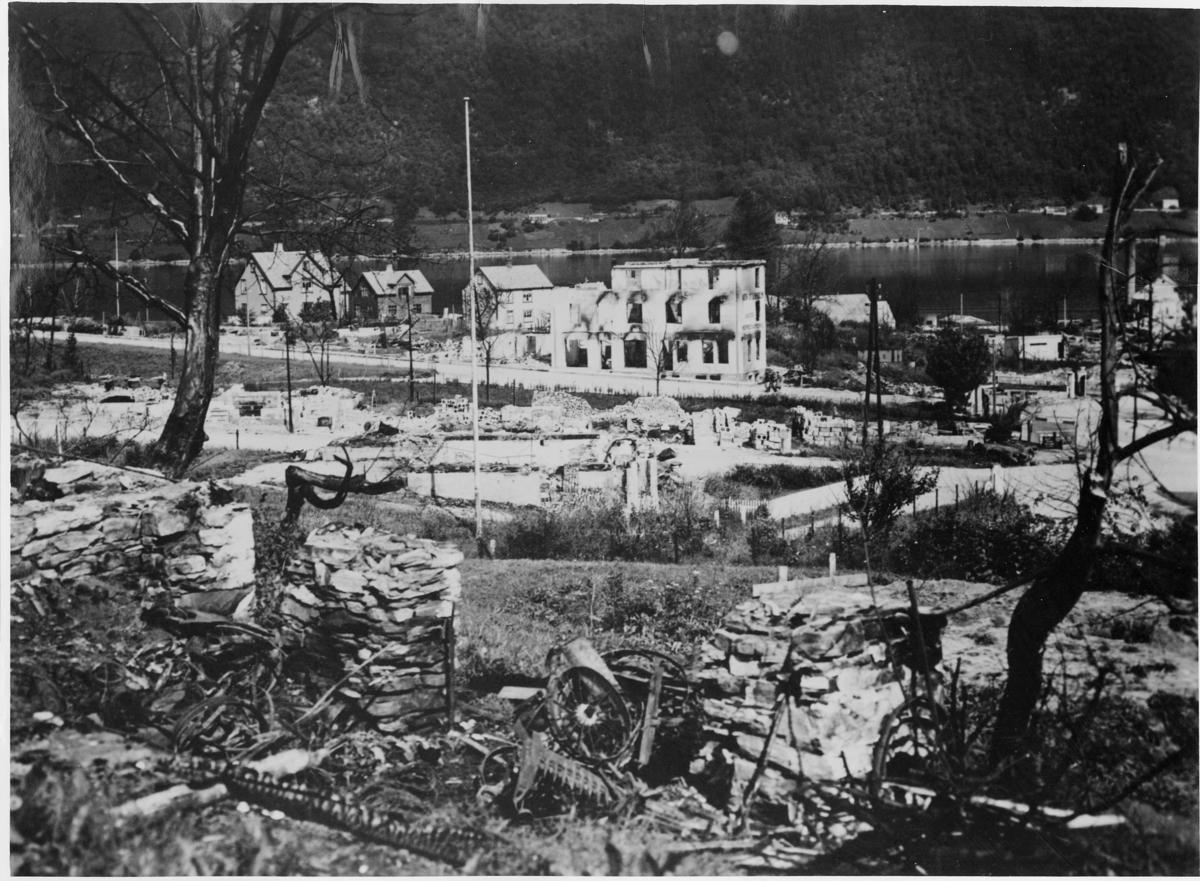 krigen, Åndalsnes, ruiner, ruin av Otterholmhuset, også kalt Montana.