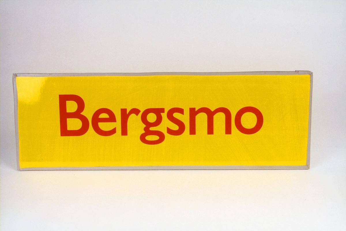 Postmuseet, gjenstander, skilt, stedskilt, stedsnavn, Bergsmo.