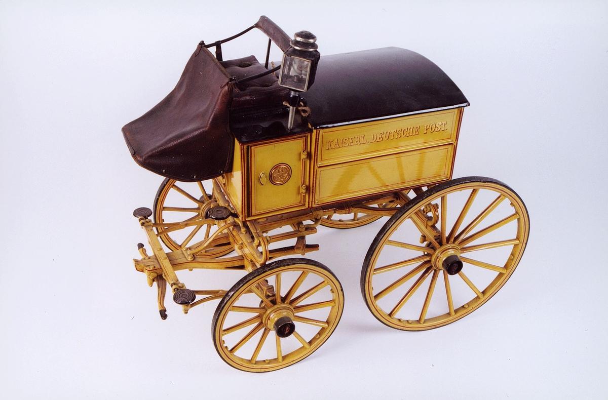 Postmuseet, gjenstander, vogn, postvogn med fire hjul, Kaiserl. Deutsche Post på siden, modell.