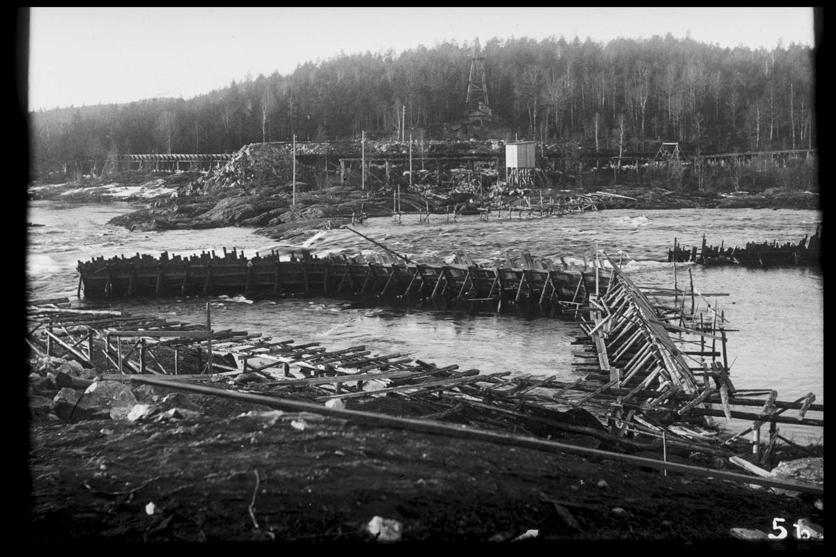 Arendal Fossekompani i begynnelsen av 1900-tallet CD merket 0470, Bilde: 49 Sted: Flaten Beskrivelse: Fangdam