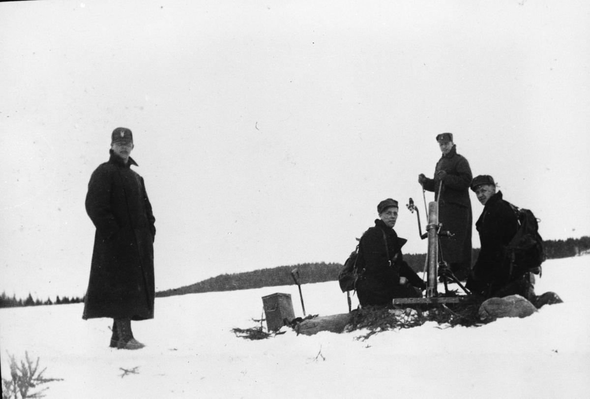 Soldater med granatkaster på Trandum