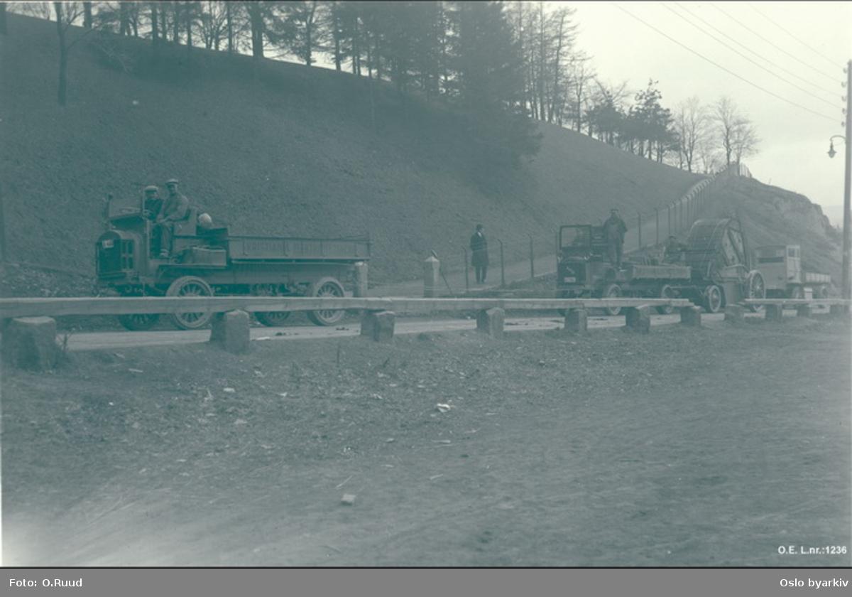 Lastebiler i prosesjon