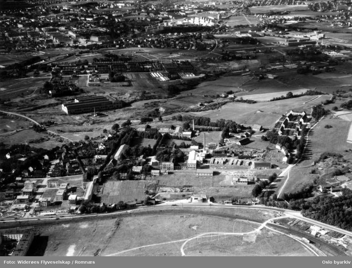 Etterstad, Grønvold, Bryn Halden Tændstikfabrik Nitedal (Flyfoto)