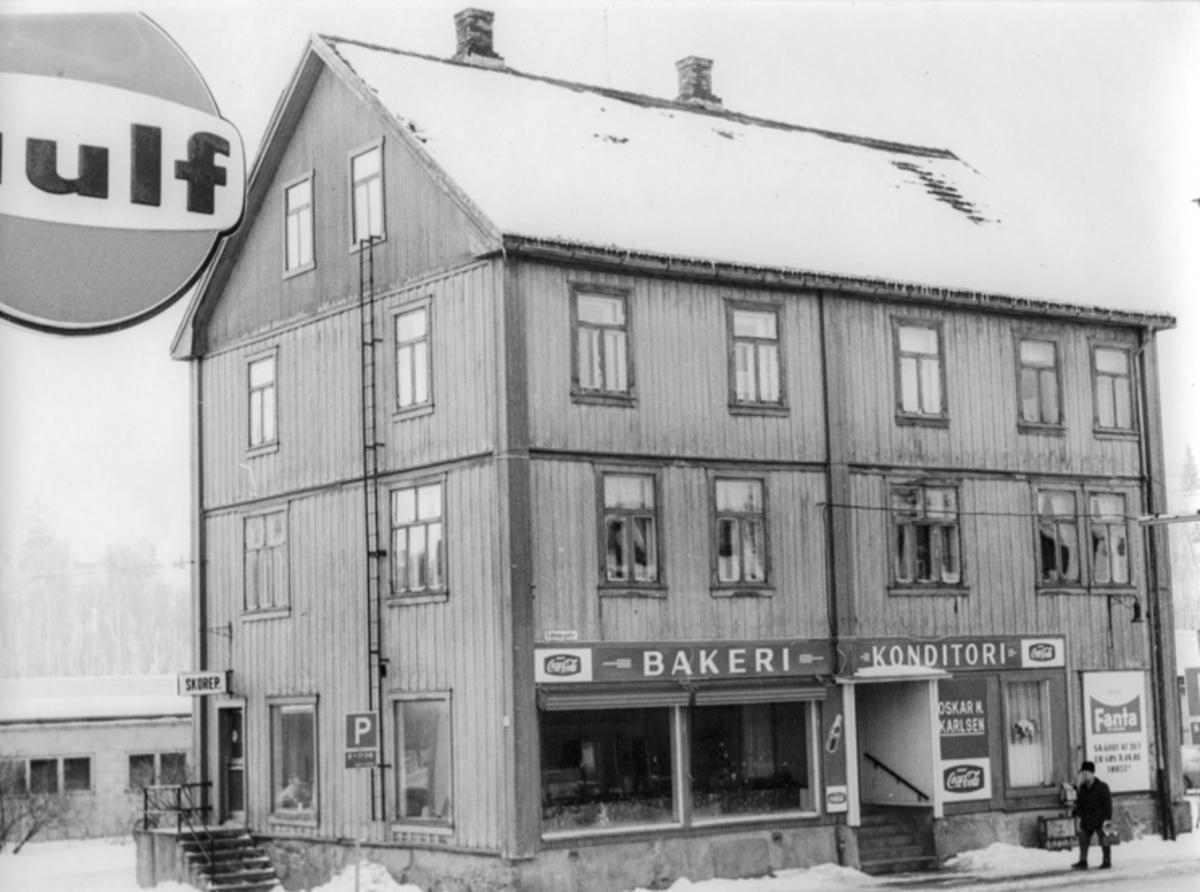Skoreparasjon, Oskar Karlsen Bakeri og Konditori i Eidsiva gate.