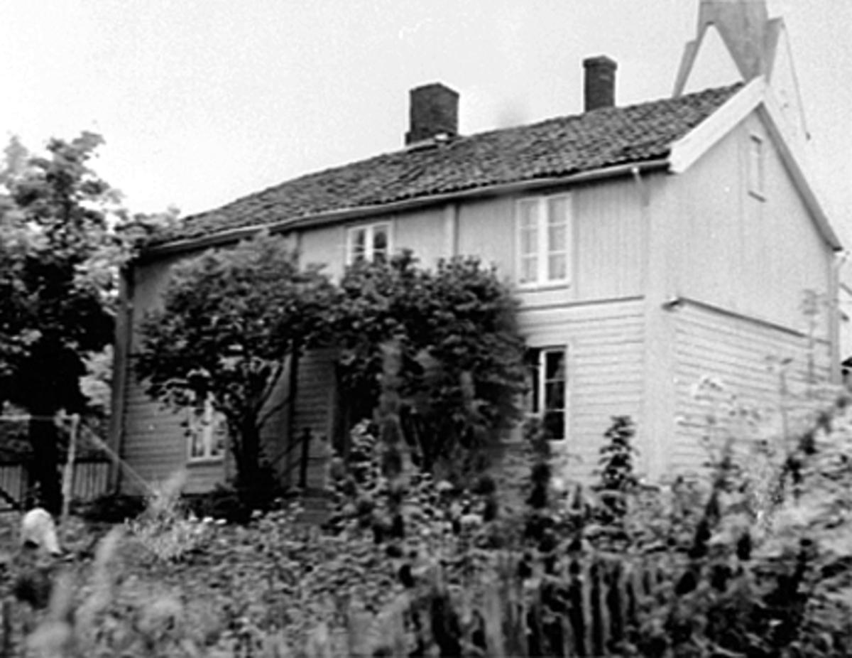 EKSTERIØR KIRSTEN FLAGSTADS FØDESTED, KIRKEGATA 11
