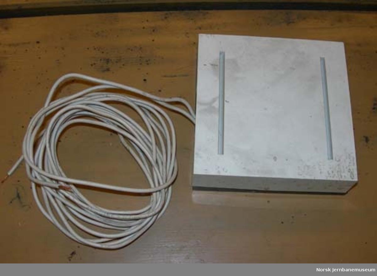 Ringeklokke : for elektrisk impuls