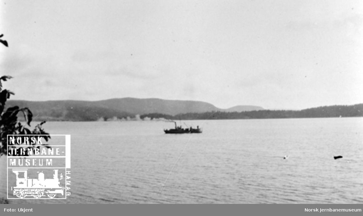 Smørstein-raset; utsikt over fjorden