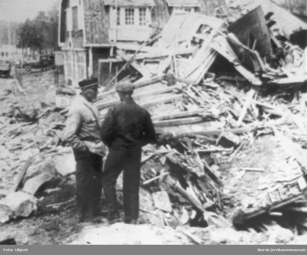 Krigsskader på bebyggelsen på Dombås