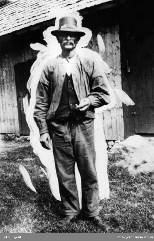 Anleggsarbeider Henry Carlsen