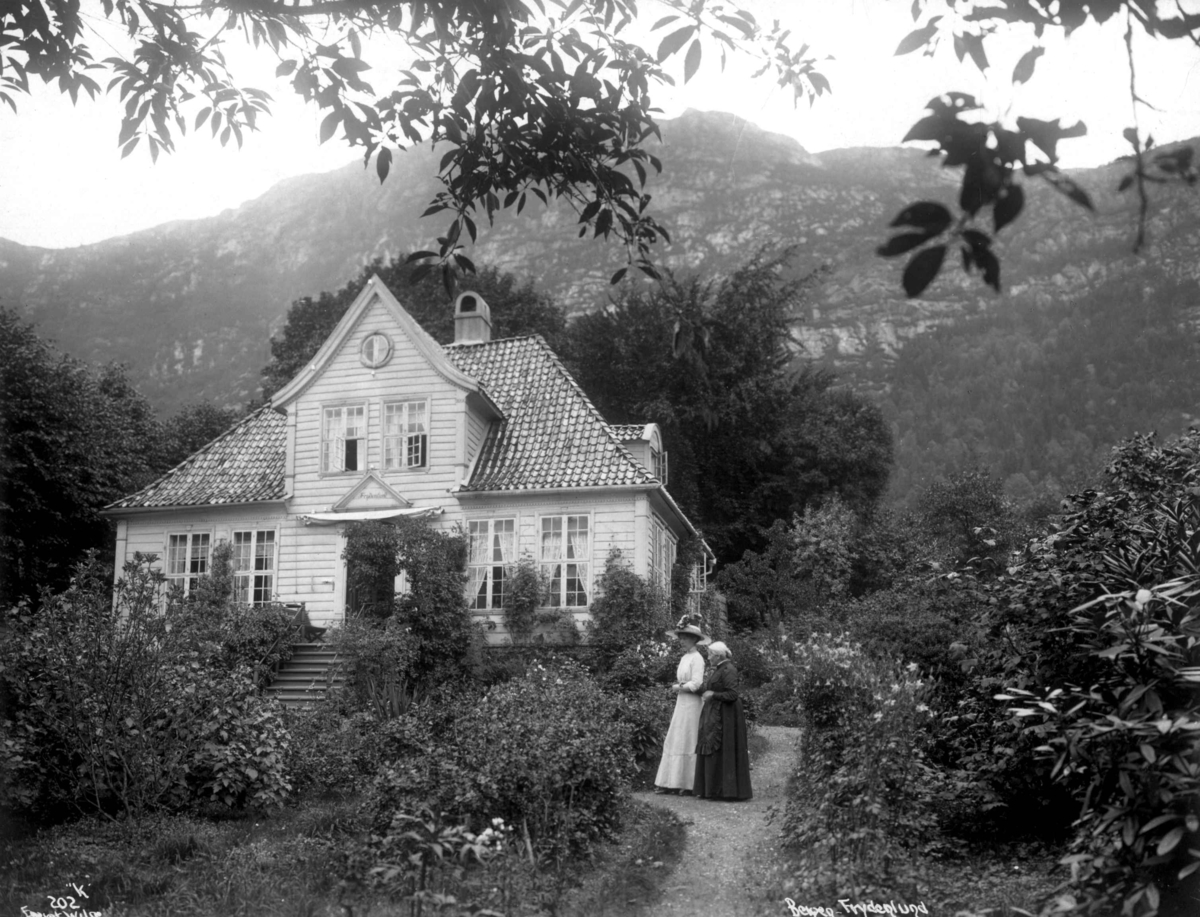 Frydenlund, Bergen S2.