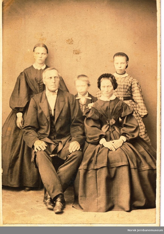 Familien Staff, hvor flere jobbet ved Hovedbanen