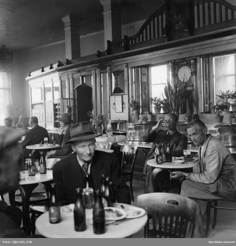 Ölcaféet Vega vid Skeppsbron, Malmö.