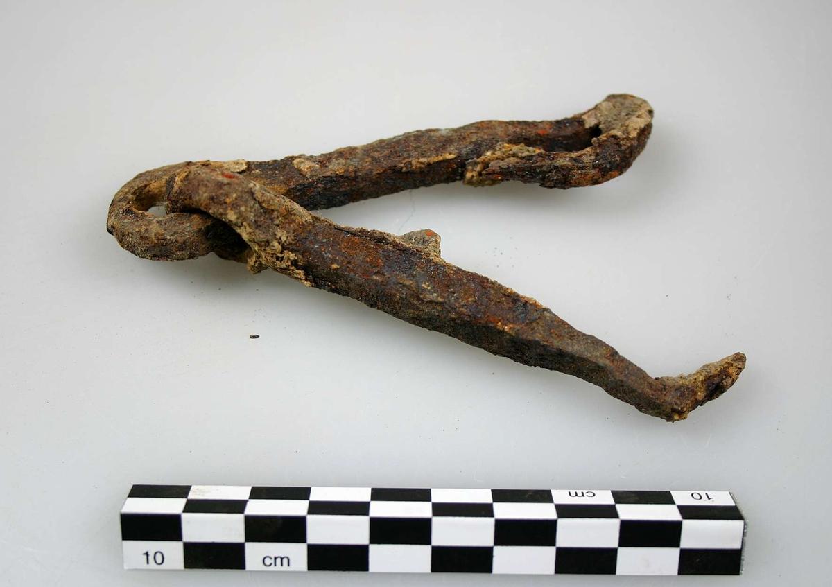 Någon typ av kedjelänkar, tillsammans 195 mm lång.