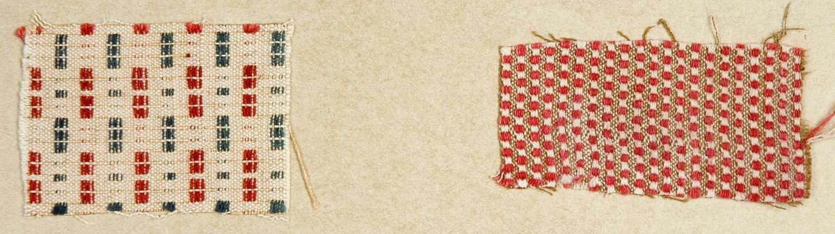 """Två stycken vävprover ämnade för bomullstyg. Vävproven är uppklistrade på en kartong i storleken 22 x 28 cm. I övre högra hörnet finns en stämpel """"Uppsala läns hemslöjdsförening"""" och två handskrivna nummer, """"A.1455"""" och """"A.1456"""". A1455 har måtten längd: 4 cm, bredd 5,7 cm. Vitt, rött och grågrönt. Tuskaft med munkabälte. A1456 har måtten längd: 3,4 cm, bredd 6,4cm. Rött och vitt.Tuskaft och rips."""