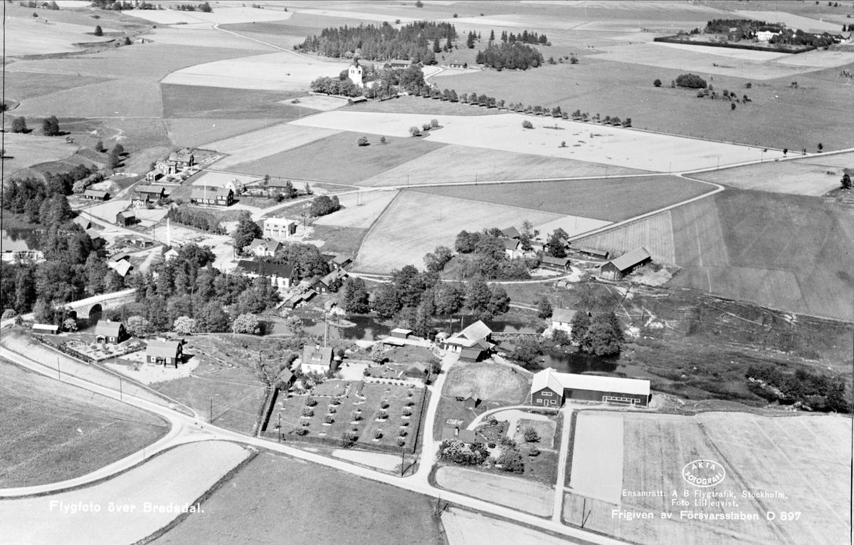 Flygfoto över Bredsdal, Breds socken, Uppland 1936