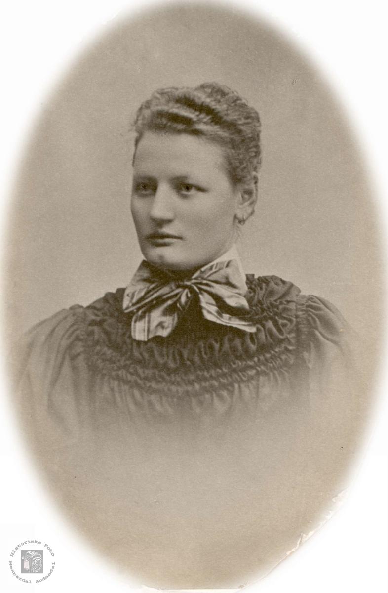 Portrett av Sigrid Solberg fra Bjelland.