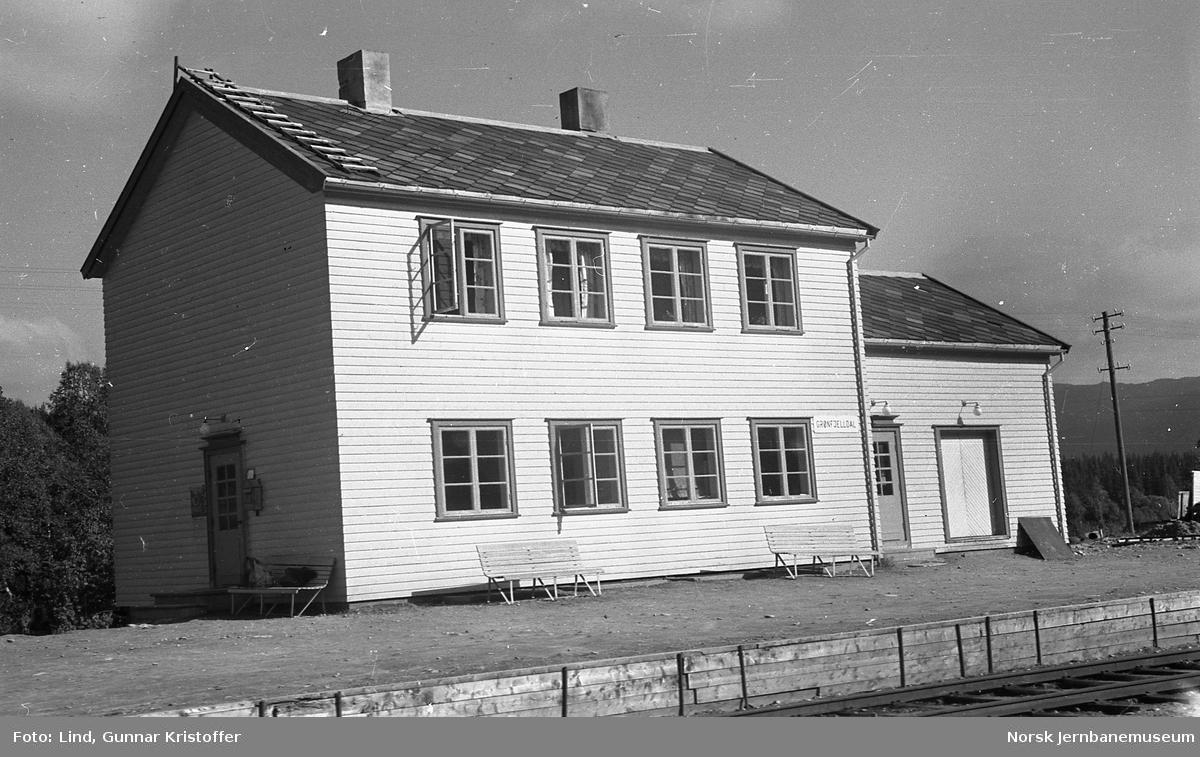 Nordlandsbaneanlegget : Grønfjelldal stasjonsbygning