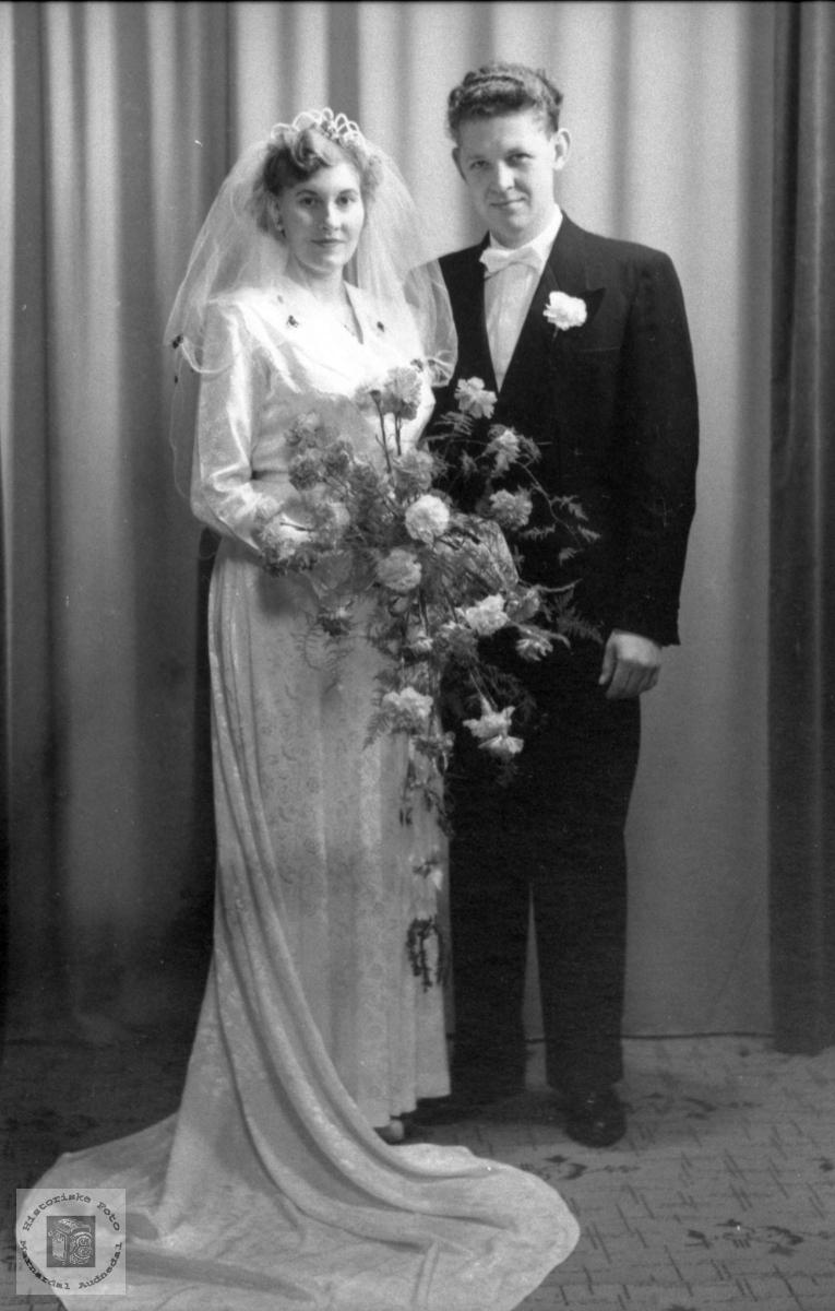 Brudeparet Anna og Bjarne Ellefsen
