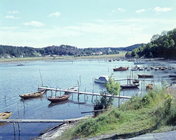 """Enligt AB Flygtrafik Bengtsfors: """"Skredsvik Bohuslän""""."""