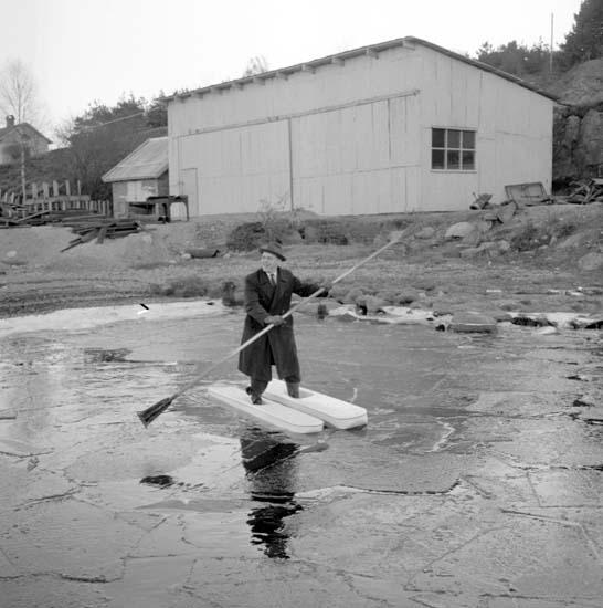 Test av vattenskidor den 5 december 1958.