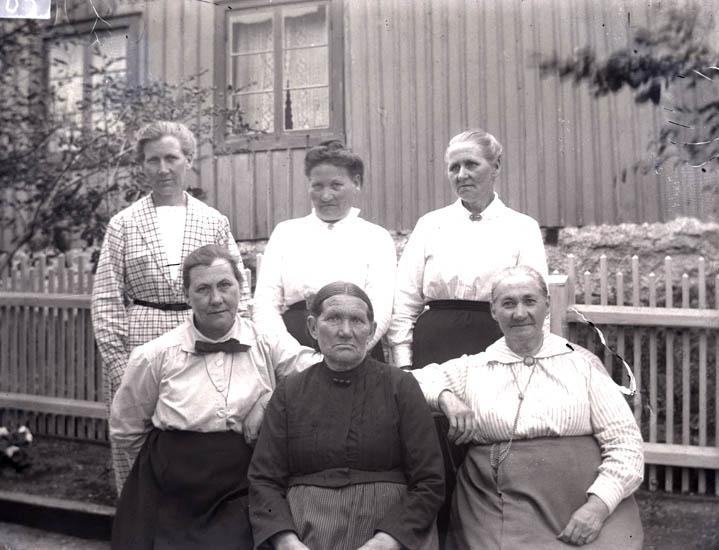 Mamma med 5 systrar 1921.