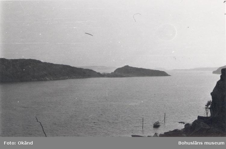 """Noterat på kortet: """"NÄVERKÄRR HERRENÄSET 10 Sept. 1955"""". """"UTSIKT MOT SÖDER FRÅN KARLSVIKEN""""."""