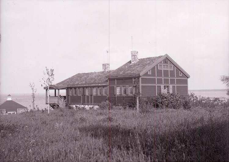 """Enligt text som medföljde bilden: """"Nobels villa, Båstad 31/8 08."""" ::"""