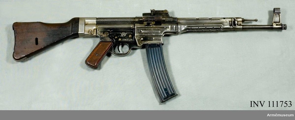 Automatkarbin m/1944