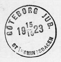 Datumstämpel, s k minnespoststämpel. Rund, med heldragen ram,groteskstil, delat årtal. Användes sista dagen avJubileumsutställningen i Göteborg 15 oktober 1923, som firade stadens300-årsjubileum.