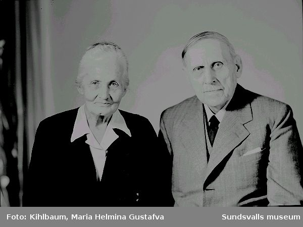 Fotografen Ester Näslund med sina föräldrar, Lars Johan och Kristina Näslund.
