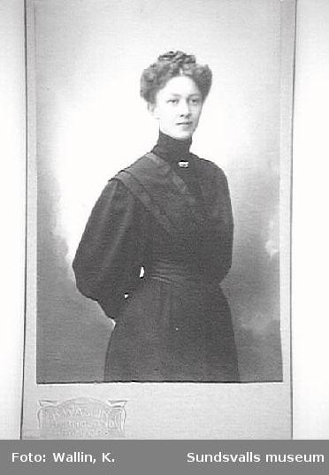 Augusta Hägglund, lärare på Birsta och Öråker skolor, 1911.