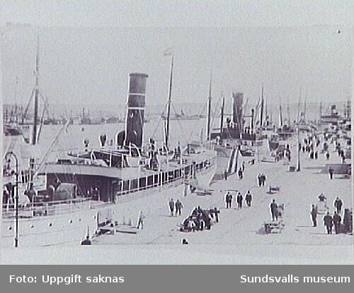 Oihonna som i fredstid brukade gå till Finland men under första världskriget gick utefter Norrlandskusten vanligen Sundsvall - Stockholm