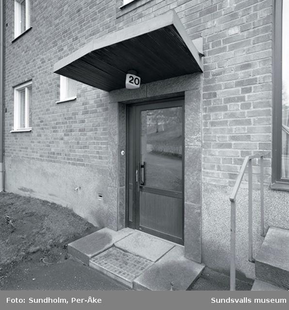 Inventering av 1940- och 50-talsområden utförd av Inger Söderholm, 1997. Tivolivägen 20, 20-22.