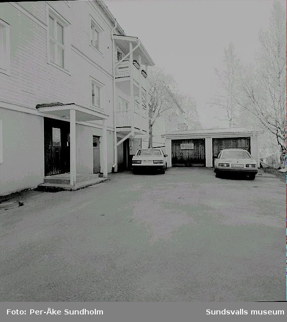 Flerbostadshus och garage, kv. Almen 12, Södermalmsgatan 12.