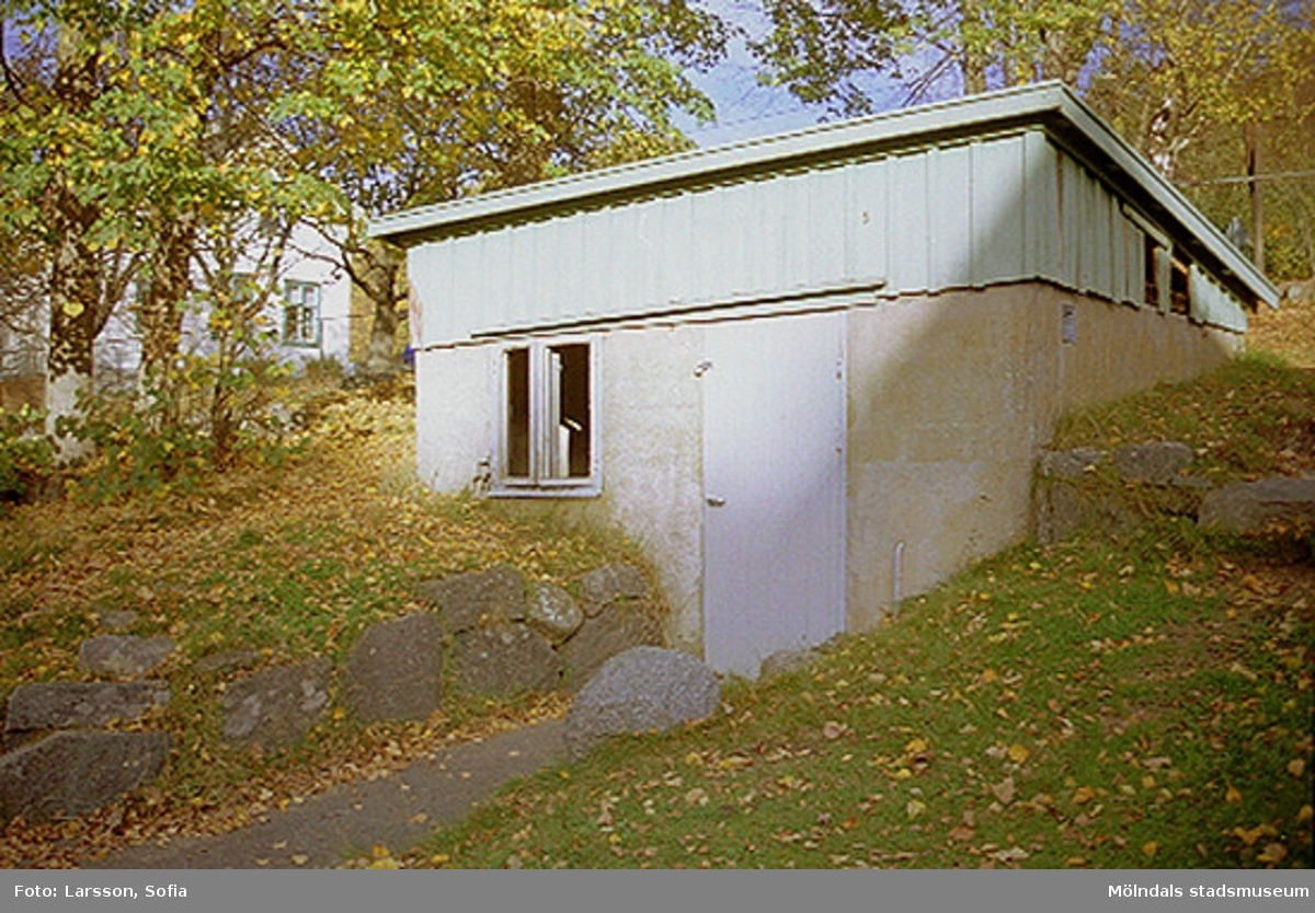 Ekonomibyggnad tillhörande Sinntorpsskolan 2001-10-23.