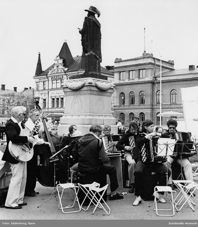 Orkester på Stora Torget.