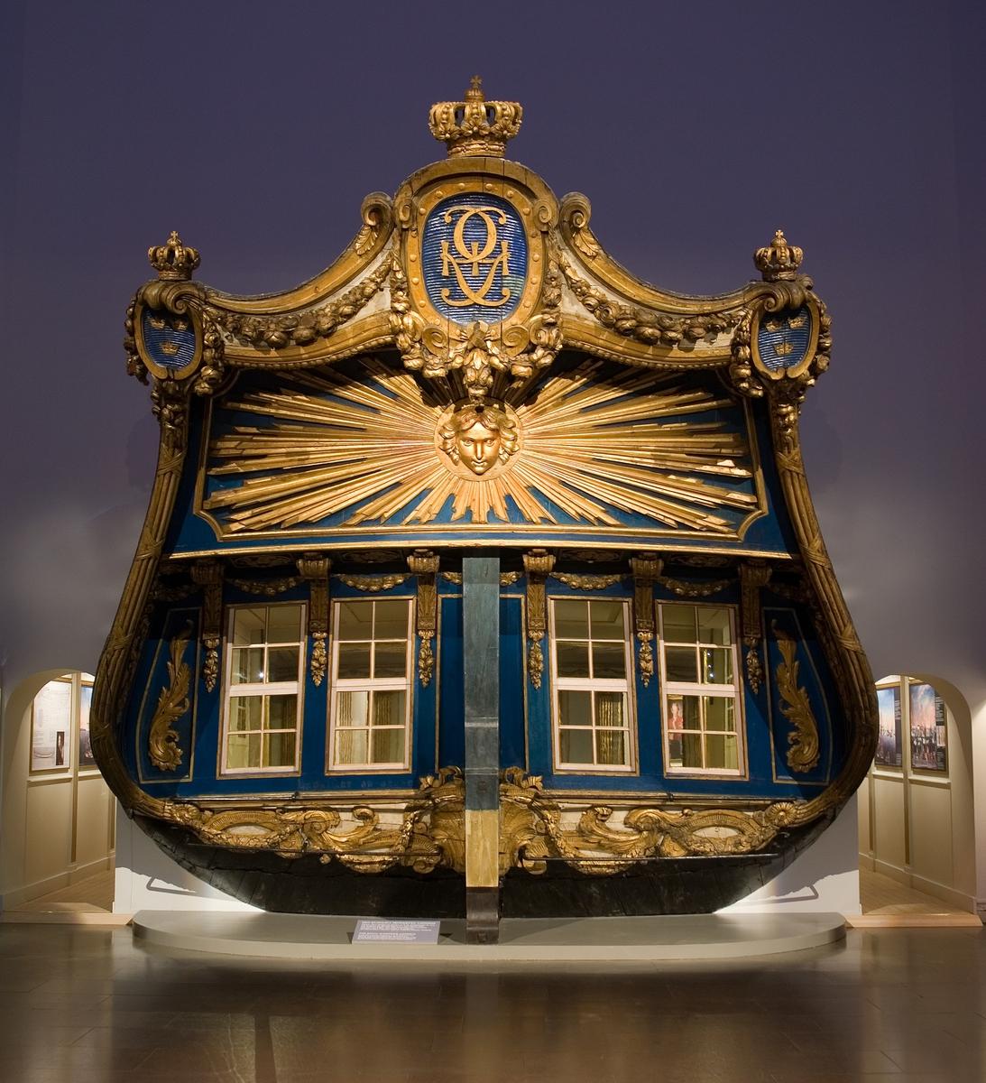 Kunglig skonert byggd på Djurgårdsvarvet 1778 efter F.H. af Chapmans ritning. Ornament skurna av Per Ljung.